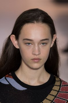 Paco-Rabanne-spring-2016-runway-beauty-fashion-show-the-impression-31