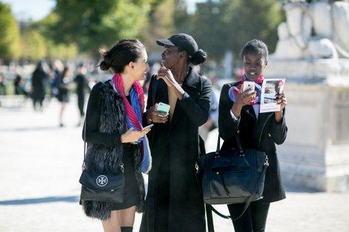 Paris-fashion-week-street-style-day-4-september-2015-the-impression-008