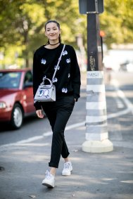 Paris-fashion-week-street-style-day-6-october-2015-the-impression-020