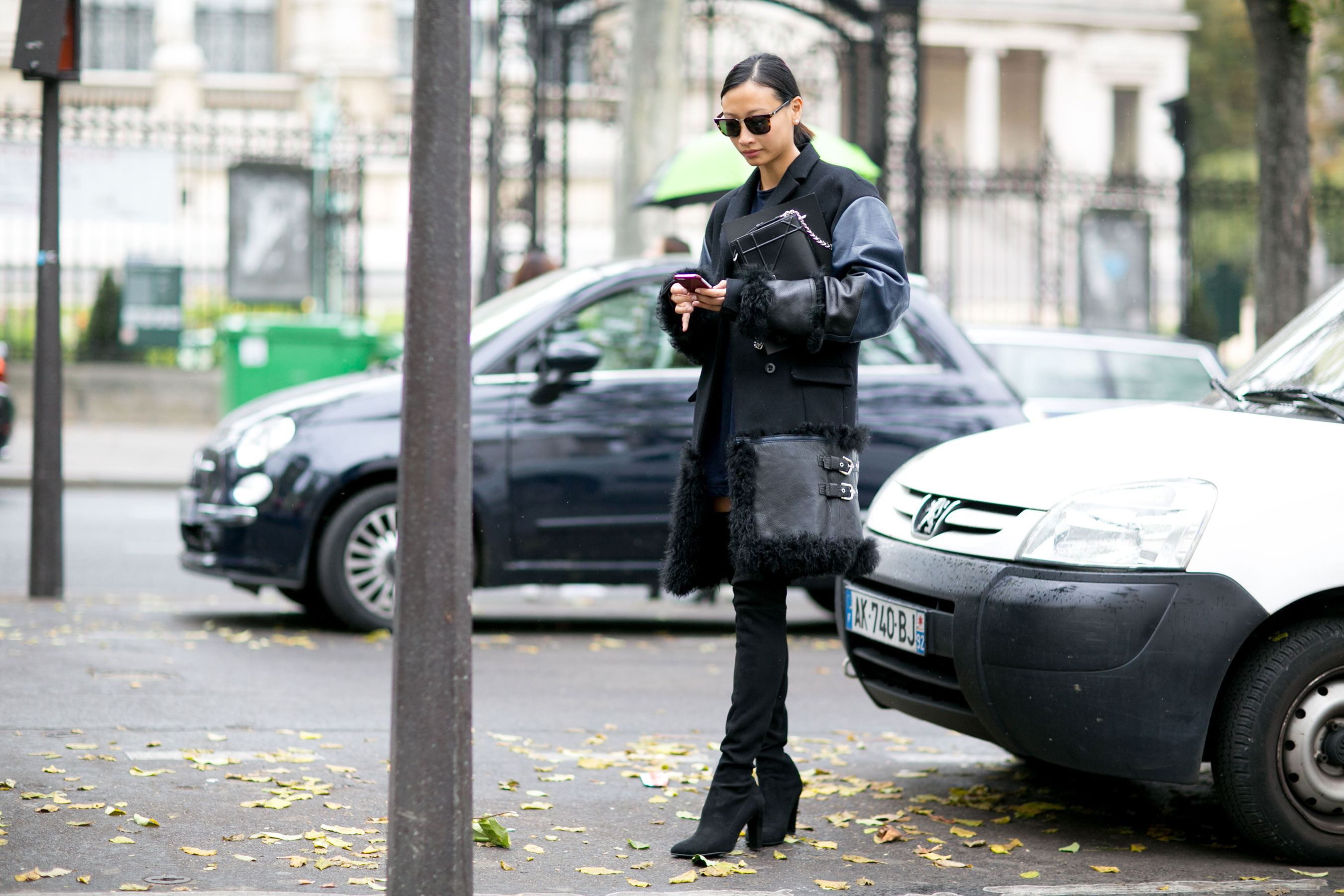 Paris-fashion-week-street-style-day-7-october-15-the-impression-15