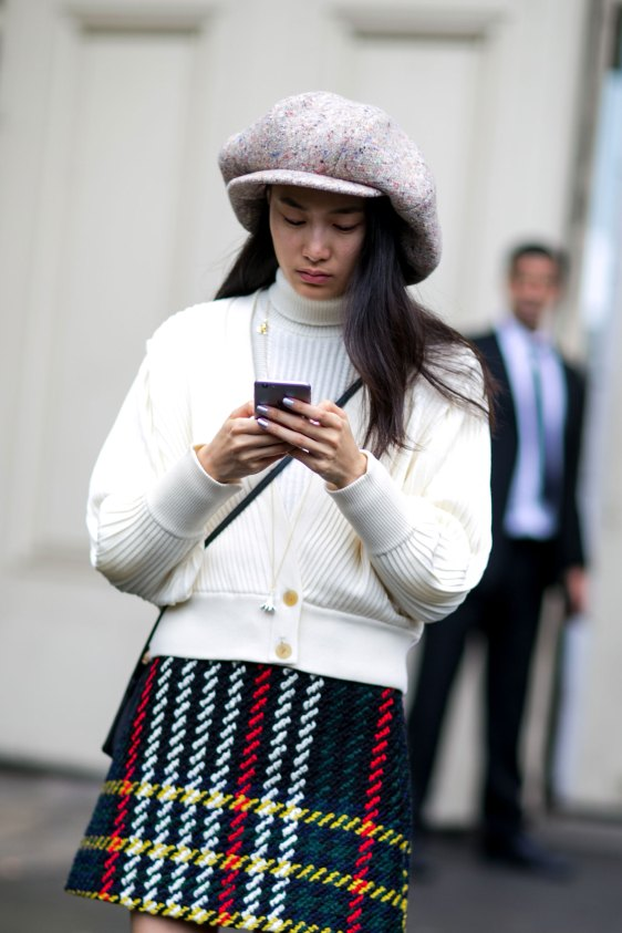 Paris-fashion-week-street-style-day-7-october-2015-the-impression-011