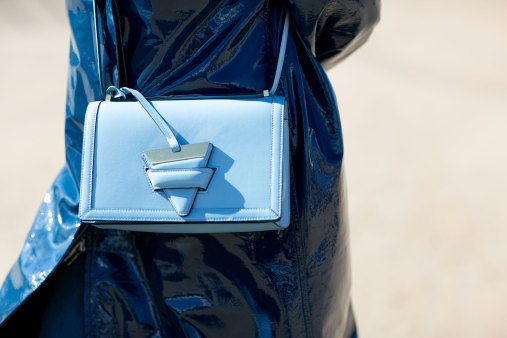 Paris-fashion-week-street-style-day-7-october-2015-the-impression-071