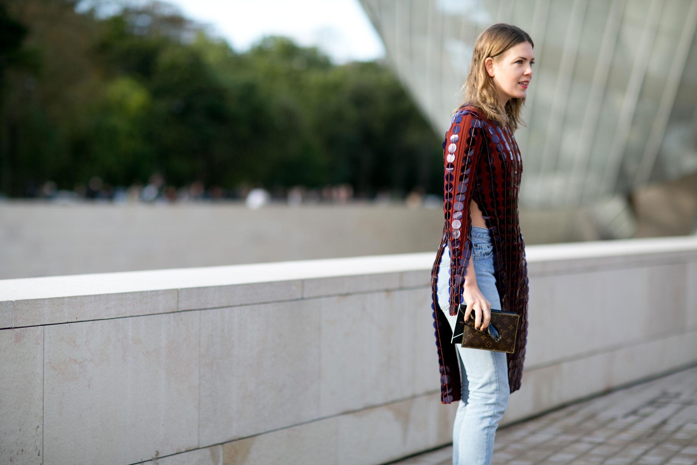 Paris-fashion-week-street-style-day-9-october-2015065