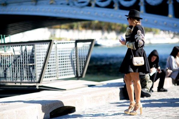 Paris-fashion-week-street-style-september-2015-day-3-the-impression-053