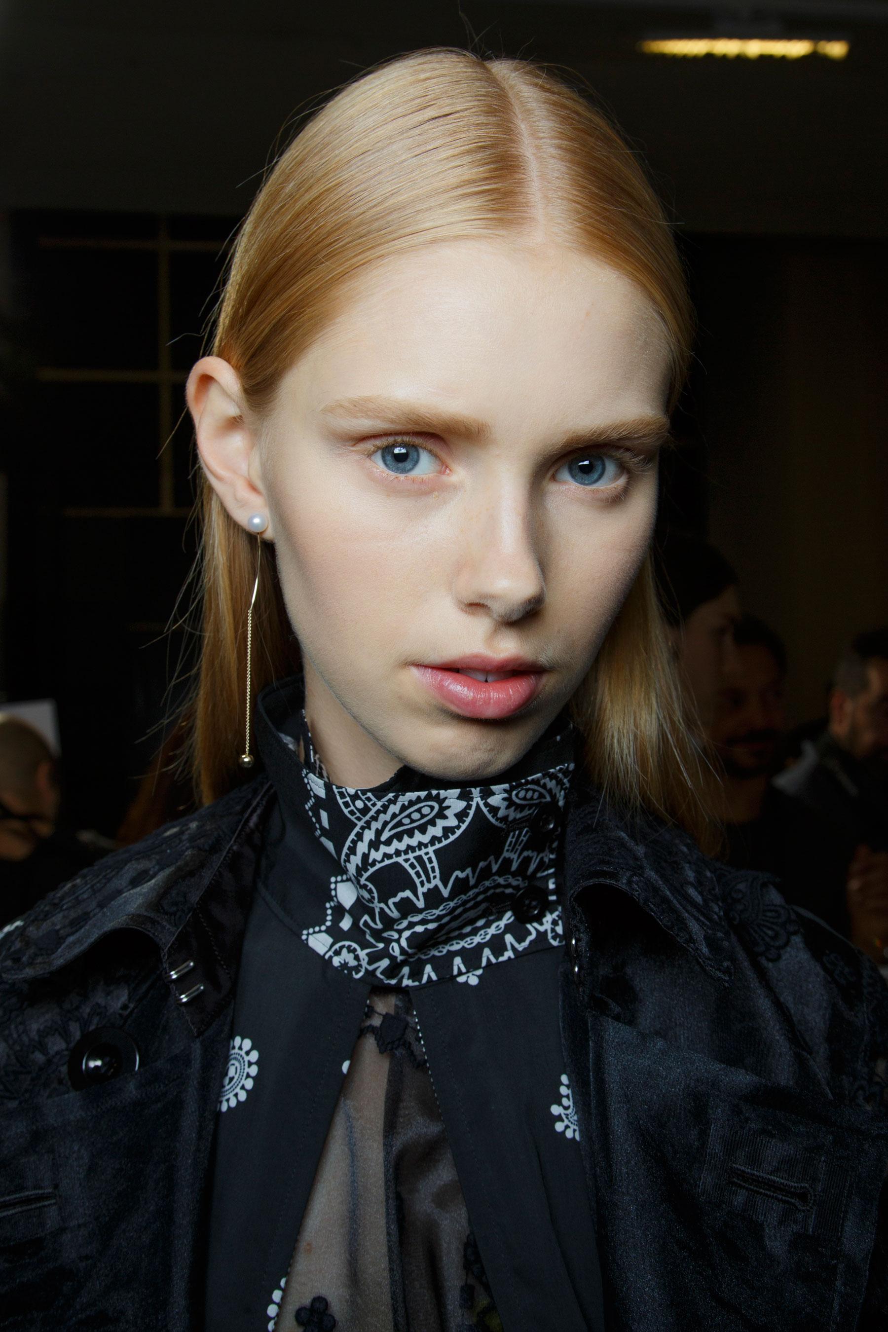 Sacai-spring-2016-beauty-fashion-show-the-impression-28