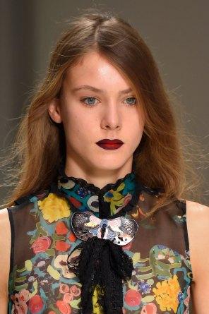 Shiatzy-Chen-spring-2016-runway-beauty-fashion-show-the-impression-01
