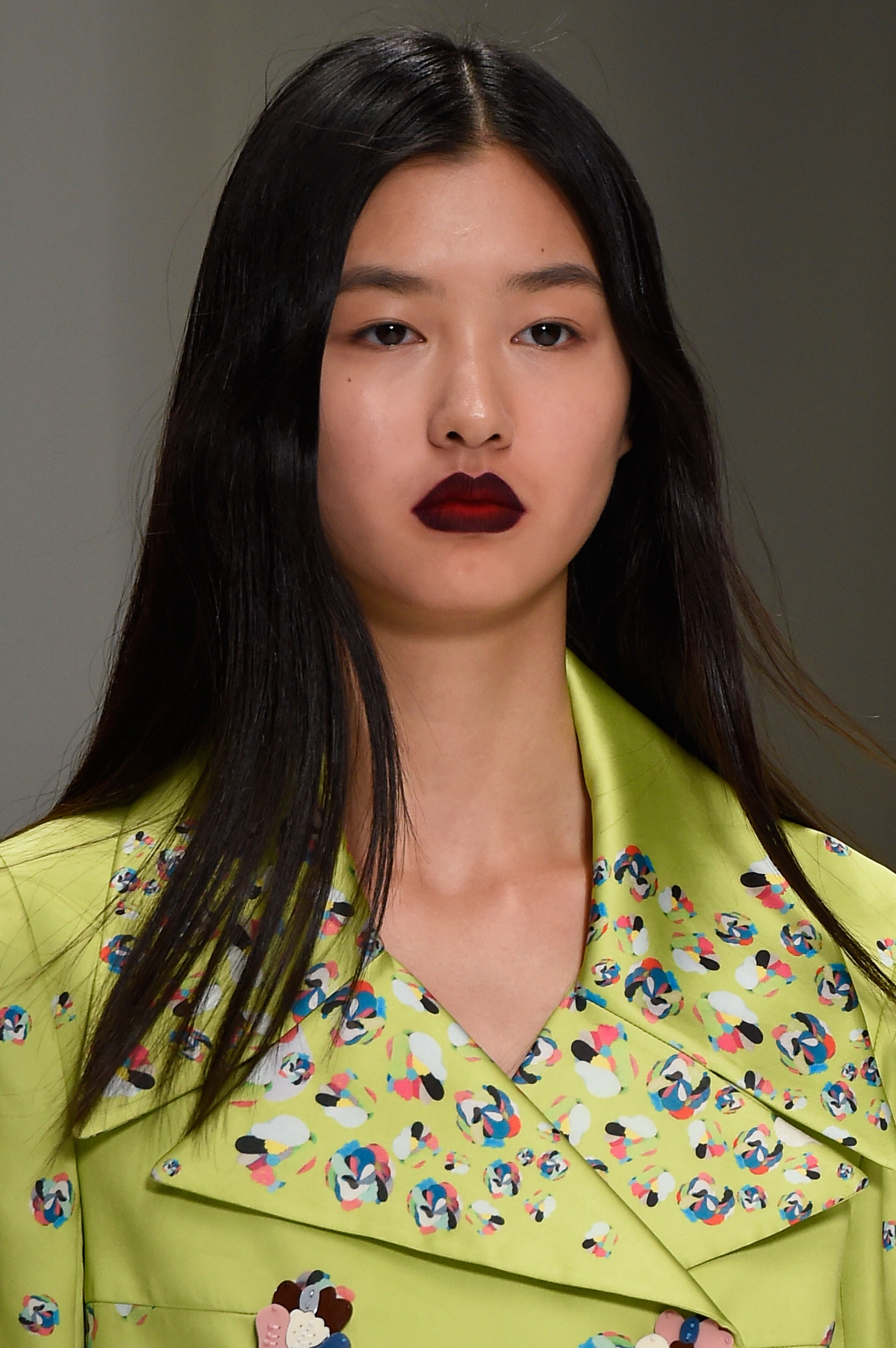 Shiatzy-Chen-spring-2016-runway-beauty-fashion-show-the-impression-12