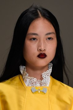 Shiatzy-Chen-spring-2016-runway-beauty-fashion-show-the-impression-17