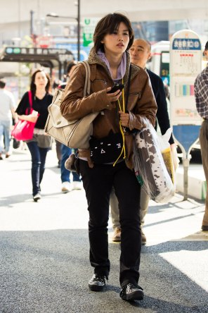 Tokyo-street-style-day-2-spring-2016-the-impression-053
