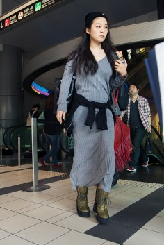 tokyo-street-style-day-1-spring-2016-the-impression-003