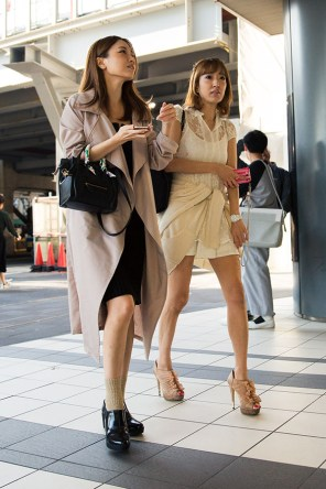tokyo-street-style-day-1-spring-2016-the-impression-098