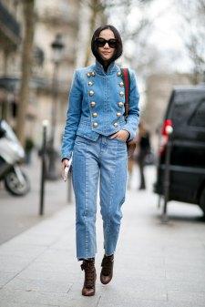 Paris str RF16 0613