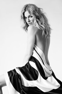 Sienna Miller | Mario Testino - 2010