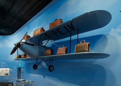 Louis-Vuitton-Volez-Voguez-Voyagez-tokyo-exhibit-the-impression-17