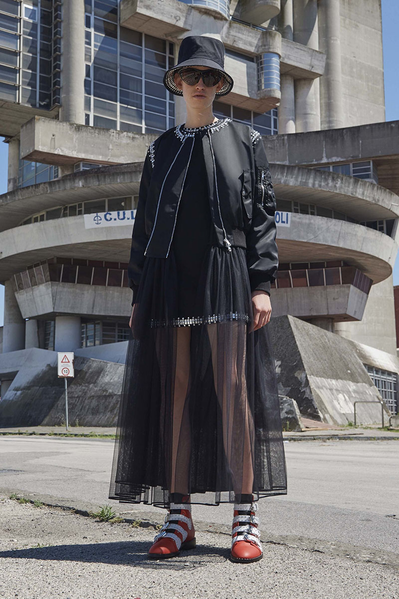 Givenchy-resort-2017-fashion-show-the-impression-07