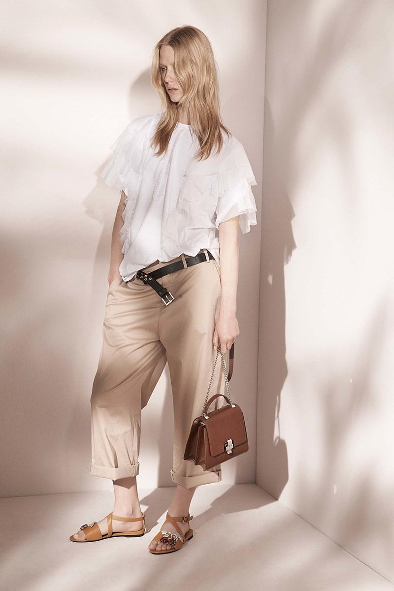 No-21-resort-2017-fashion-show-the-impression-19