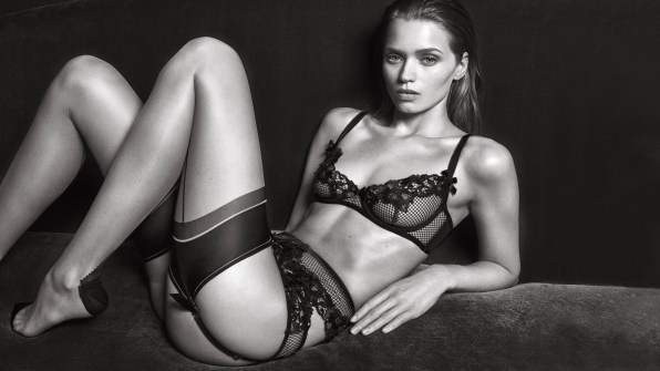 Agent-Provocateur-ad-campaign-fall-2016-the-impression-06