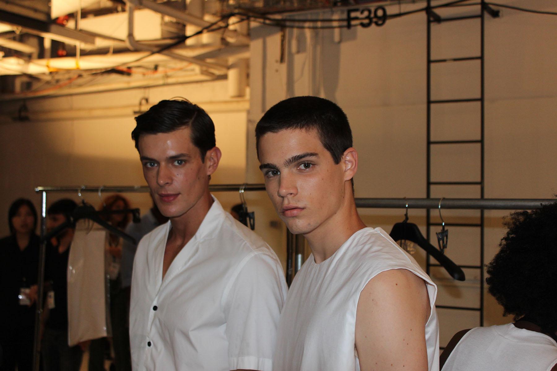 Carlos-Campos-fashion-show-backstage-spring-2017-the-impression-05