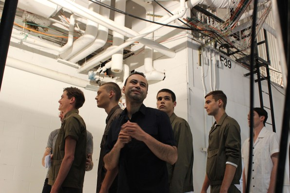 Carlos-Campos-fashion-show-backstage-spring-2017-the-impression-17