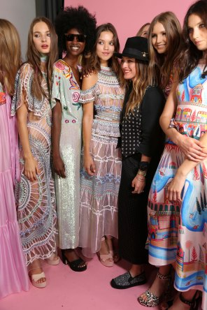Temperley Lo bks S RS17 0171