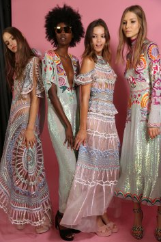 Temperley Lo bks S RS17 0210