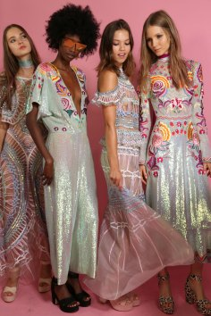 Temperley Lo bks S RS17 0211