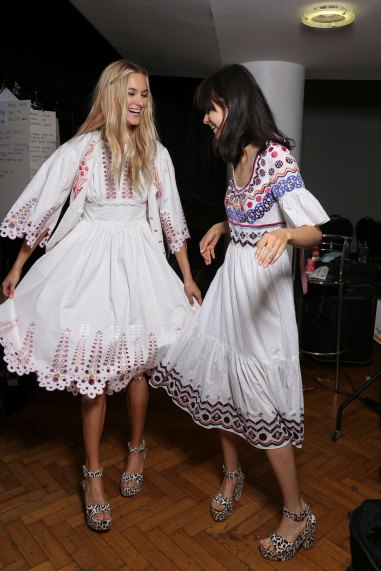 Temperley Lo bks S RS17 0310