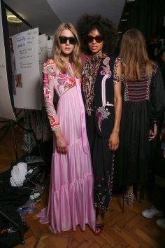 Temperley Lo bks S RS17 0437