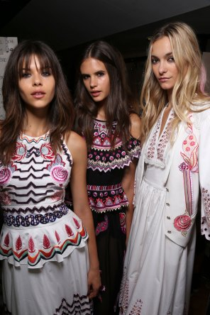 Temperley Lo bks S RS17 0448