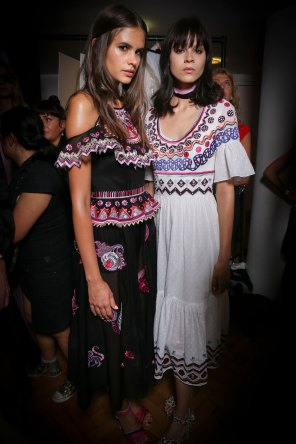 Temperley Lo bks S RS17 0476