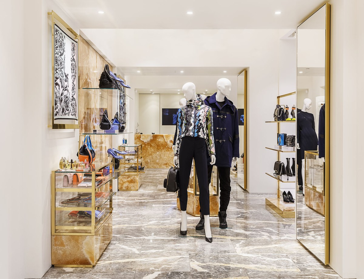 Versace-moscow-store-scout-the-impression-03