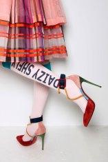 Daizy Shely bks V RS17 3985