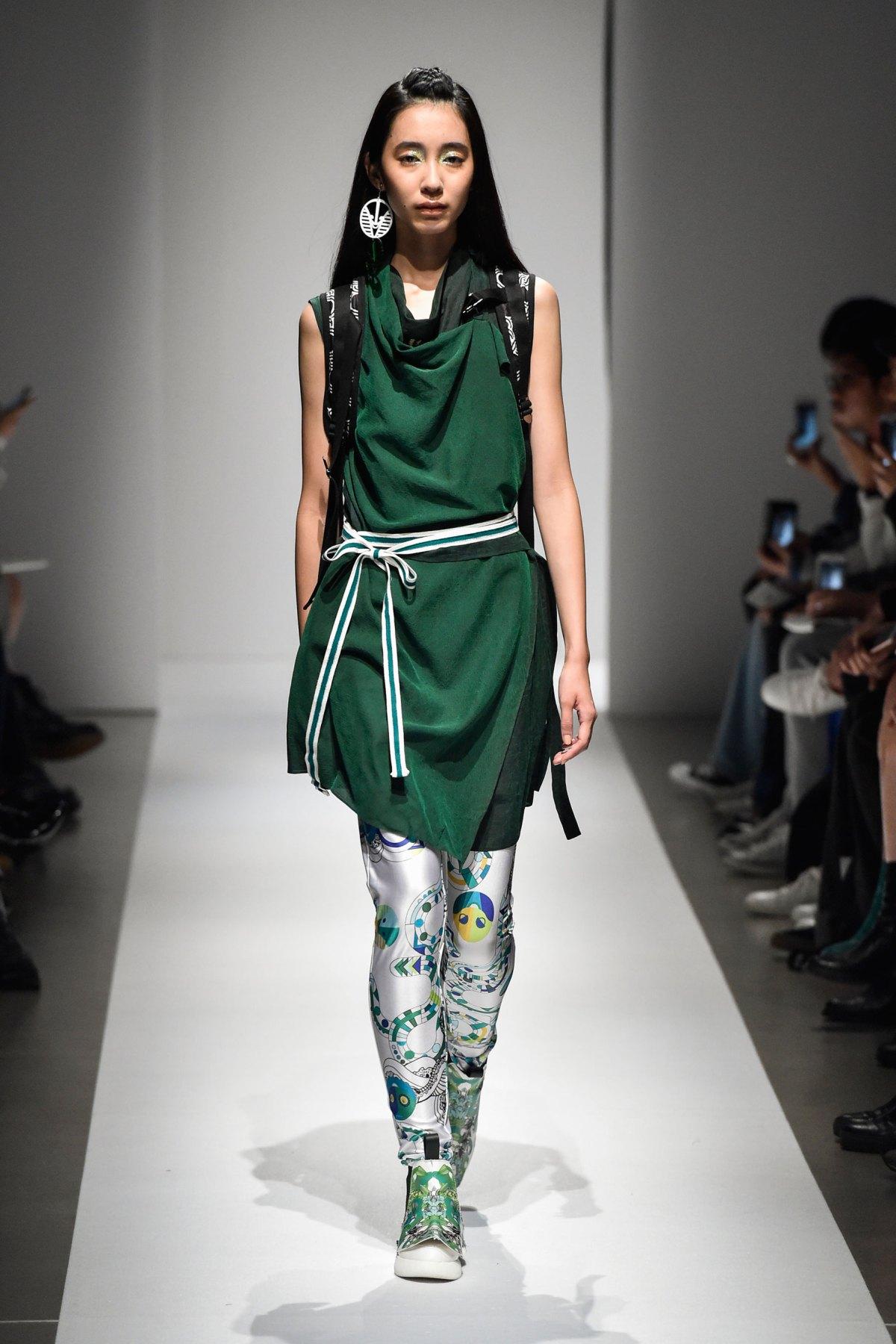 Fashion Hong Kong RS17 0063