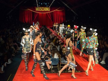 Moschino atm RS17 1127