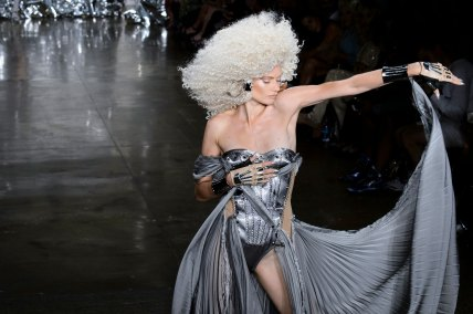 The Blonds atm RS17 9258