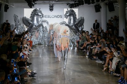 The Blonds atm RS17 9543