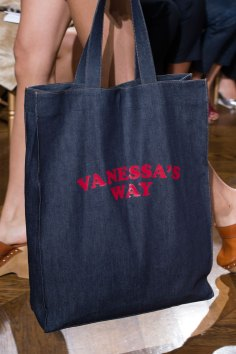 Vanessa Seward clp RS17 0102