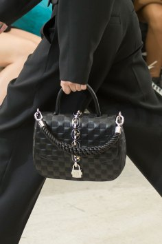 Vuitton clp RS17 6821