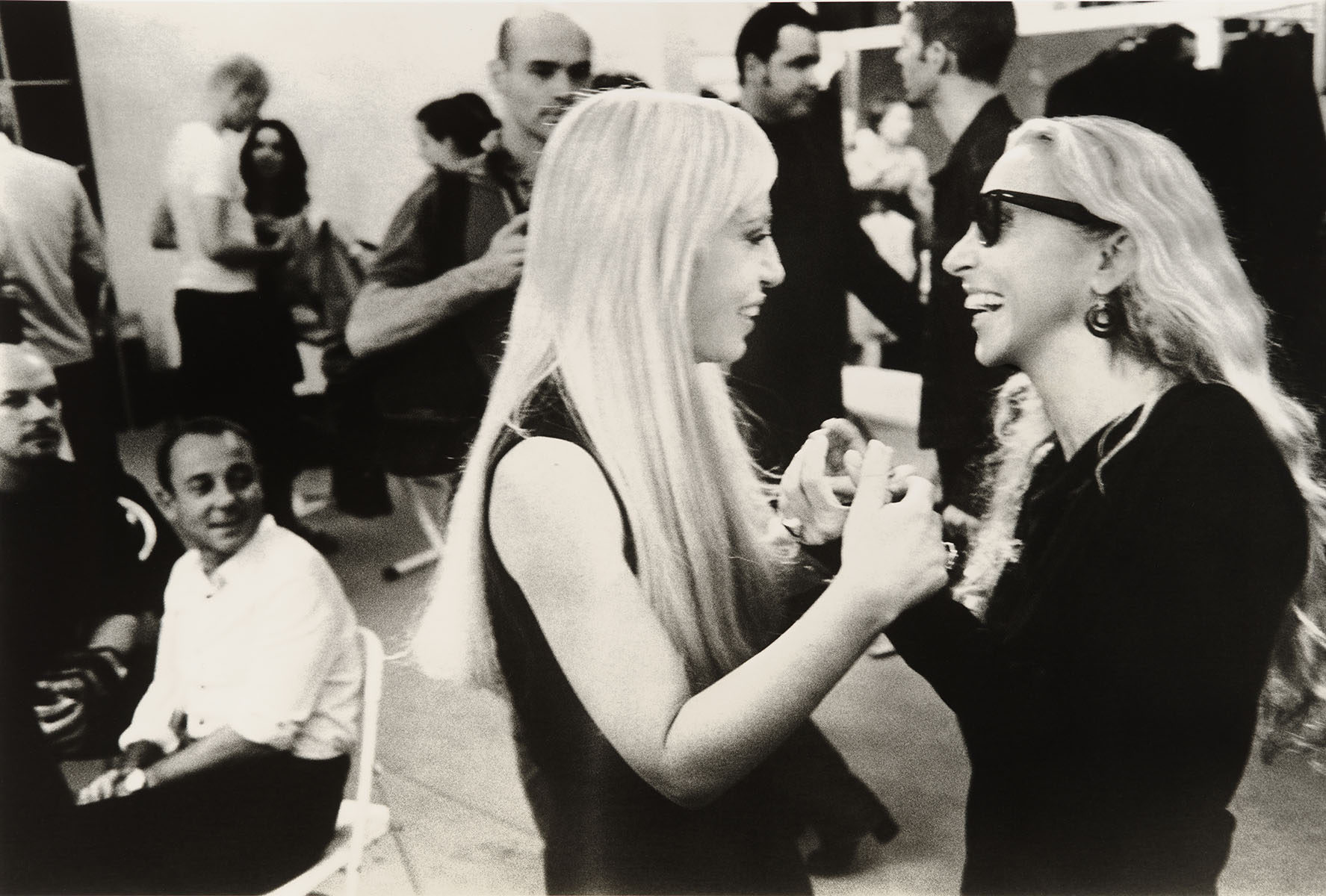 Backstage at Versace women's ready-to-wear Spring 1998 show, photo Sante D'Orazio.