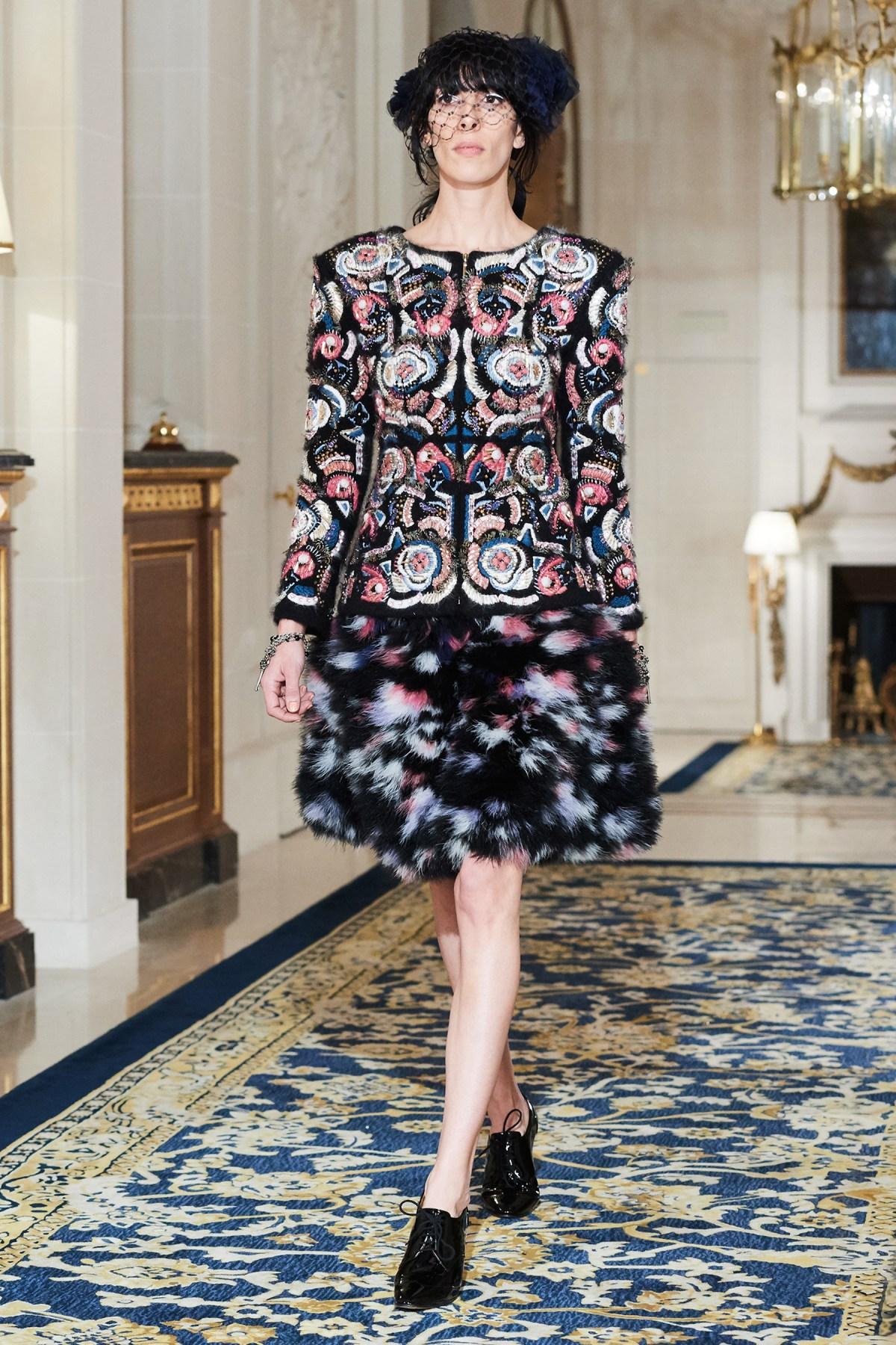 Chanel Metiers d'Art PO FW16 0128