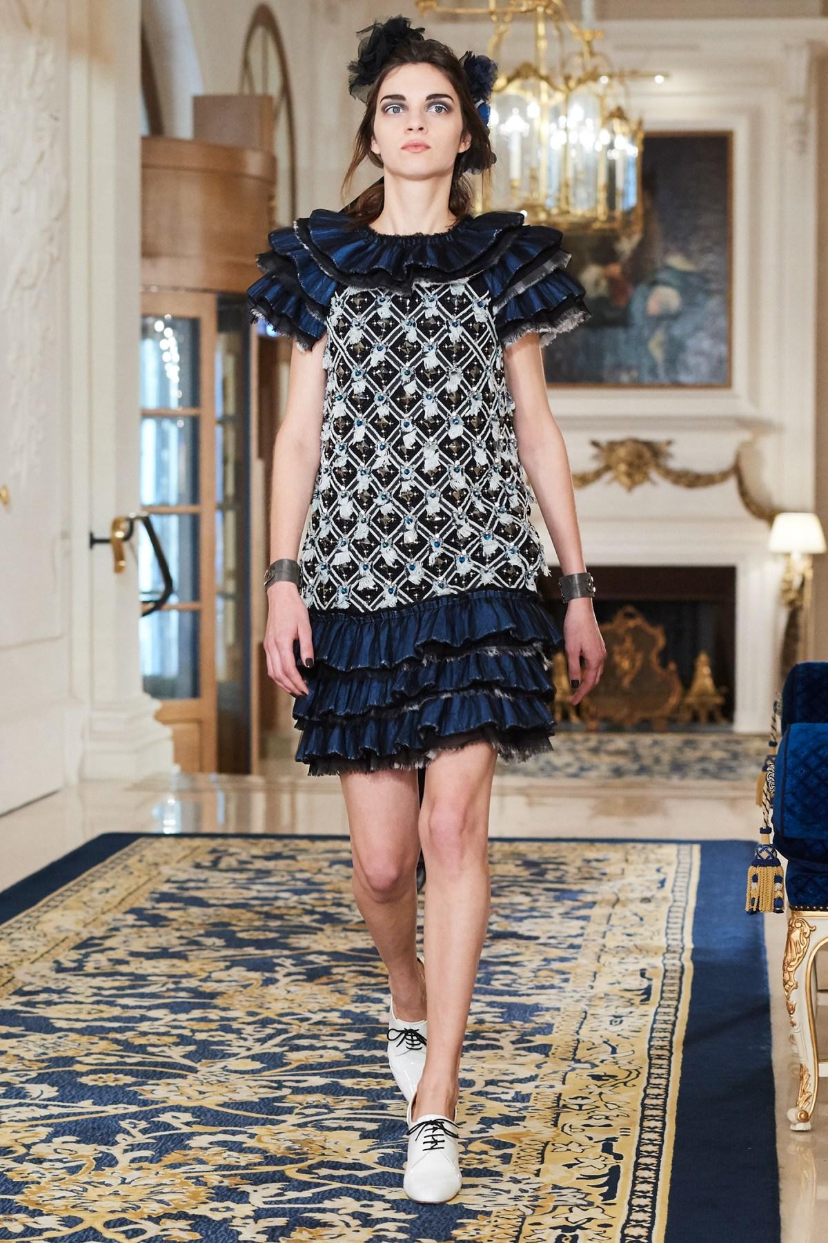 Chanel Metiers d'Art PO FW16 0147