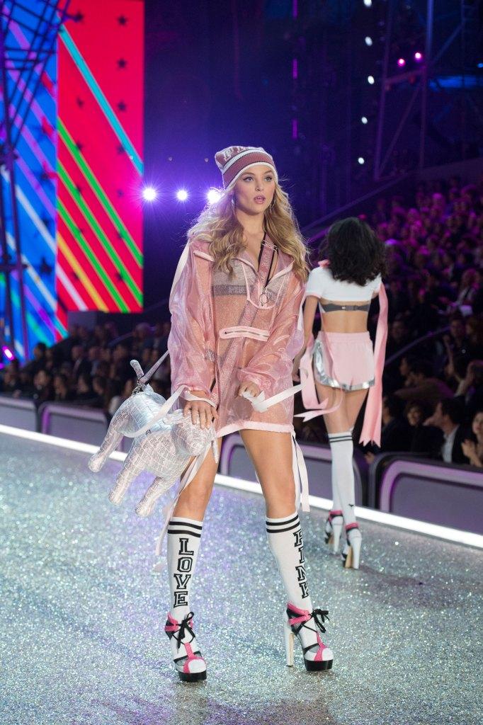 Victorias Secret atm RS17 5877