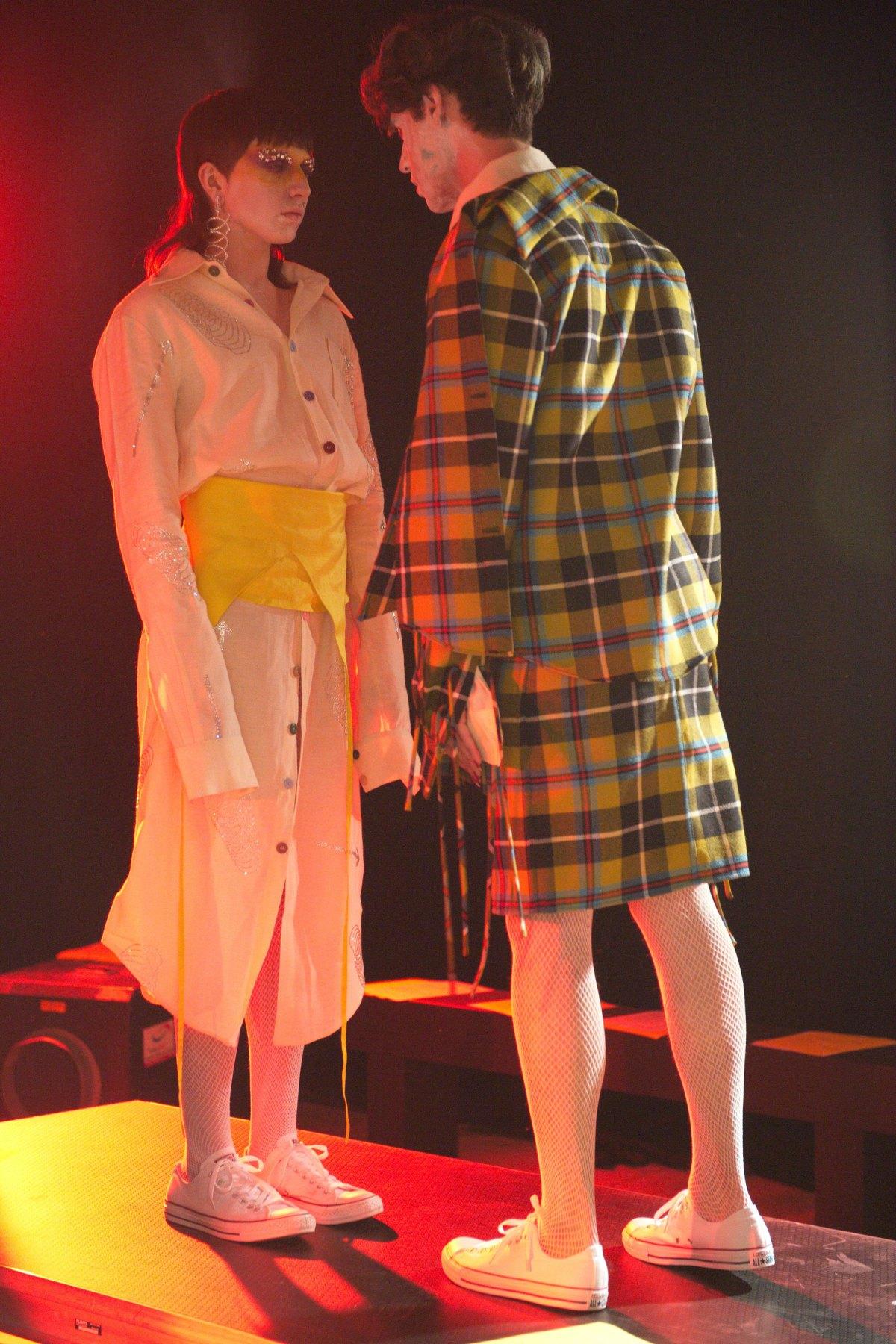 Fashion East m RF17 0374