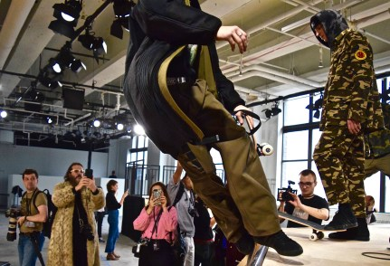 Dim-Mak-fall-2017-mens-fashion-show-backstage-the-impression-02