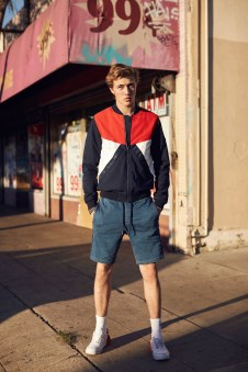 Tommy-Hilfiger-Jeans-spring-2017-ad-campaign-the-impression-12