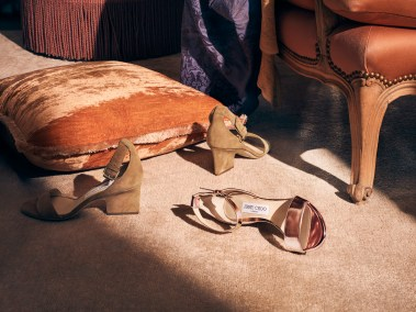 Jimmy-Choo-pre-fall-2017-ad-campaing-the-impression-17
