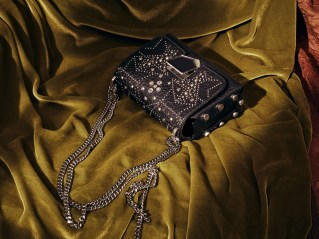 Jimmy-Choo-pre-fall-2017-ad-campaing-the-impression-21