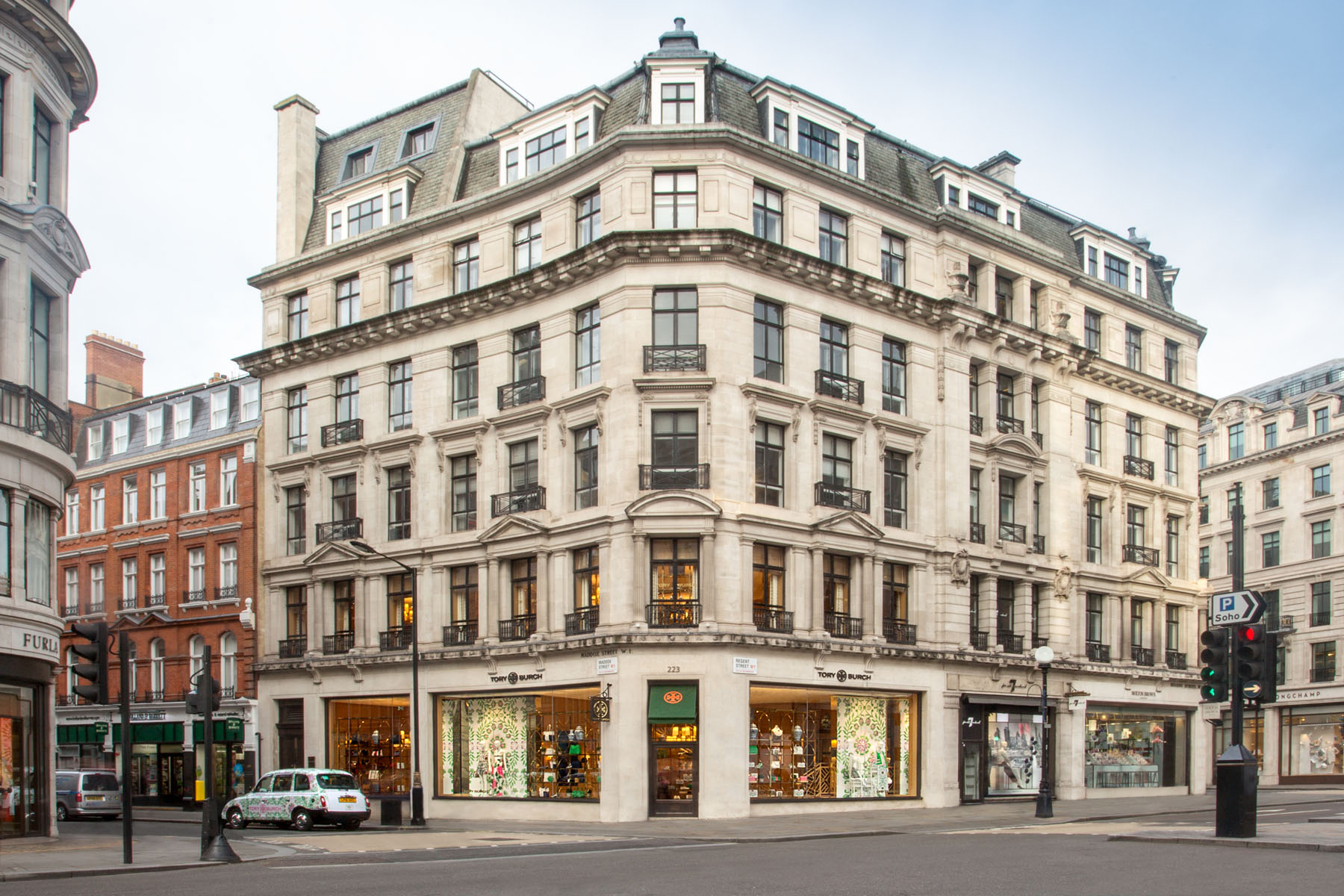 Tory-Burch-Regent-Street-london-store-scout-the-impression-02