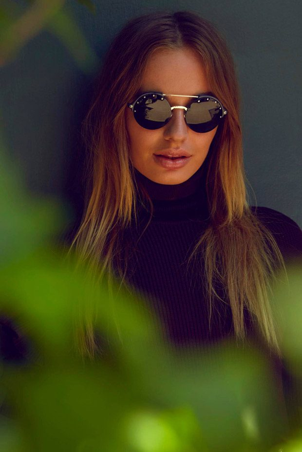 Versace-Eyewear-summer-ad-campaign-the-impression-06