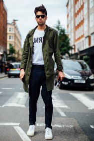 London m str RS18 2861